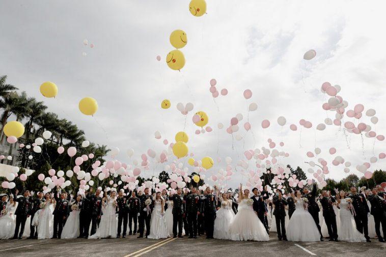 Casal taiwanês se casou quatro vezes em 37 dias para prolongar a lua de mel